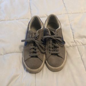 Nike Low tops Size 8